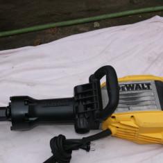 Ciocan demolator DeWALT D25960 - Rotopercutor