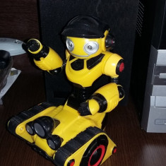 ROBOT WOW-WEE . - Figurina Desene animate