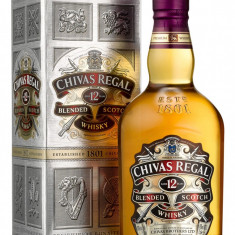 Whisky Chivas Regal 12yo, sticla de 0.7L (70cl), original + timbrat.