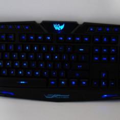 Tastatura gaming multimedia prin USB iluminata in 3 culori M200