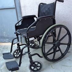 Scaun cu rotile / Fotoliu rulant