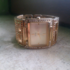 Ceas de dama Guess model W12504L2 Original Placat cu aur - Ceas dama Guess, Lux - elegant, Quartz, Analog