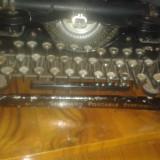 Masina de scris underwood