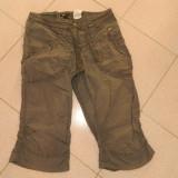 Pantaloni sport de dama, marca H&M, ideali vara sau primvara, treisferturi, marimea 38