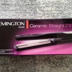 Placa pentru indreptat parul Remington Ceramic Slim S3500 - Placa de par