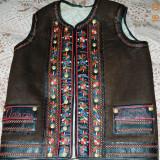 Costum populare, Marime: 50, Maro - Pieptar traditional barbatesc