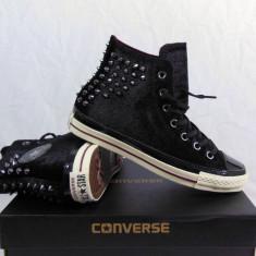 Converse Velvet Studs All Star Chuck Taylor Hi-Top - Tenisi barbati Chuck Taylor, Marime: 39, 40, Culoare: Negru, Textil