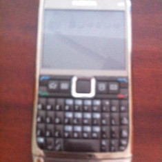 Telefon mobil Nokia E71, Argintiu, Vodafone - Nokia E 71 codat Vodafone