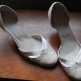 Pantofi Mireasa noi Thea Visconti marimea 37 ivory - Pantofi dama Thea Visconti, Piele naturala
