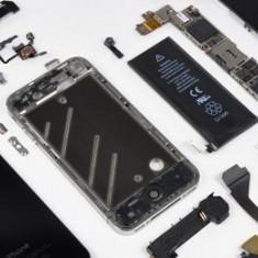 Inlocuire/Schimb LCD /Ecran / Display Iphone 5 / 5S - Reparatie telefon