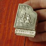 Caseta - cutie din metal in forma de pian cu scena in relief pentru bijuterii !! - Metal/Fonta