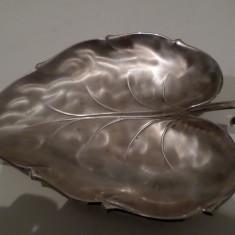 fructiera frunza metal argintat 1