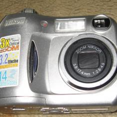 Camera Foto NIKON E3100 DEFECT - Aparat Foto compact Nikon