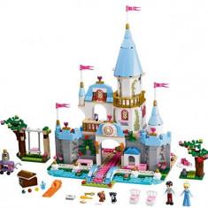 Castelul Romantic Al Cenusaresei (41055) - LEGO Disney Princess