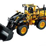 LEGO Technic - Incarcator Cu Roti Volvo L350f Teleghidat (42030)