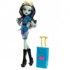 Papusa Mattel Monster High - Plimbarete New - Frankie Stein