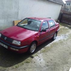 Autoturism Volkswagen, VENTO, An Fabricatie: 1993, Motorina/Diesel, 186300 km, 1900 cmc - Volkswagen Vento