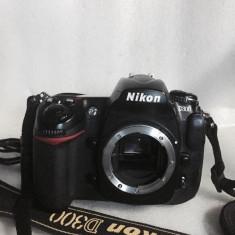 DSLR Nikon - Vand NIKON D300 body cu 9685 de cadre