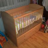 Patut lemn pentru bebelusi Bertoni, 120x60cm - Patut balansoar Domino de la Bertoni
