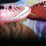 Ghete fotbal - Adidasi nike mercurial rosii