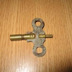 Cheie veche dubla pentru ceas de voiaj, calatorie