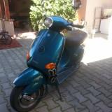 Motocicleta - Scuter Piaggio Vespa ET2