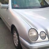 Mercedes-Benz E200 - Autoturism Mercedes, An Fabricatie: 1997, Benzina, KORS Michael Kors km, 1998 cmc, Clasa E