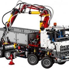 LEGO Technic - Mercedes-Benz Arocs 3245 (42043)