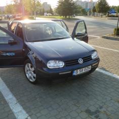 Volsvagen golf 4 - Autoturism Volkswagen, An Fabricatie: 2002, Benzina, 120000 km, 1400 cmc