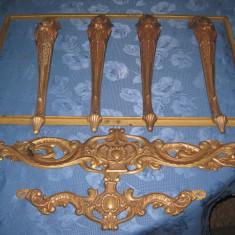 Masuta stil Baroc veche din bronz fara blat. - Mobilier
