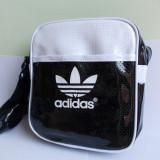 Borseta Adidas in 2 culori cu perforati fine - Borseta Barbati