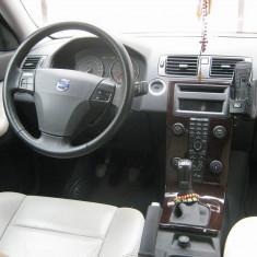 Volvo S40 taxa platita si nerecuperata, An Fabricatie: 2006, Motorina/Diesel, 133600 km, 1600 cmc