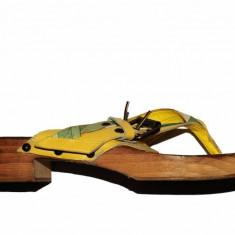 Saboti frana auto - Saboti galbeni Clarks, piele naturala, talpa lemn, marime 39