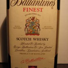 Whisky ballantines, finest, scotch whisky cl.70 gr.40