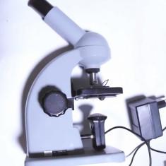 Microscop IOR I.O.R. functional cu lampa