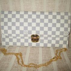 Plic/geanta dama alb cu gri cu curea lant Louis Vuitton+ CADOU