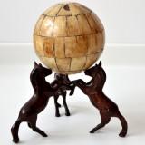 Decor glob de os cu trei cai 01315