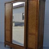 Mobilier - Dulap Franta