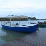 Vand barca tip mahuna + mariner 60 CP