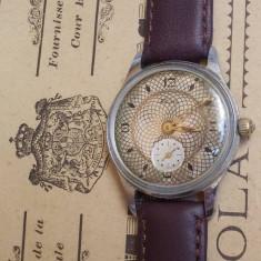 Ceas de mana - Ceas rusesc de colectie KAMA radium dial, 17 rubine, cal. 2604, fabricat in 1958