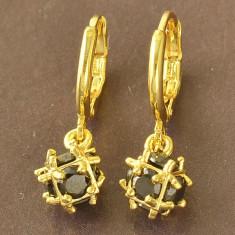 LIVRARE GRATIS Cercei cubic zirconiu negrii gold filled placati aur ideal cadou - Cercei placati cu aur Guess