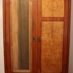 Sifonier din lemn masiv, cu 2 usi; Dulap de haine