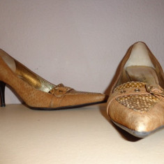 Pantofi piele Dolce & Gabbana originali - Pantof dama Dolce & Gabbana, Marime: 39, Culoare: Din imagine, Piele naturala