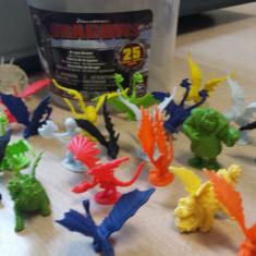 Set figurine Dragoni - nou - Figurina Desene animate Altele