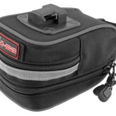 Borseta Maxi /prindere sa /material impermeabil /14x9x9cm PB Cod Produs: 588020231RM