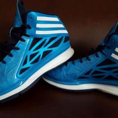 Adidasi barbati - Bascheti Adidas, marimea 44, talpic 28, 5 cm - Noi