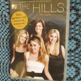 THE HILLS (SERIAL DRAGOSTE / MODA - sezonul 1) - 2 DVD-uri ORIGINALE - CA NOI! - Film serial, Engleza