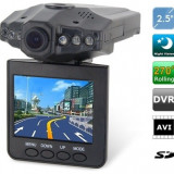 Camera video auto DVR cu inregistrare HD + CARD 8GB