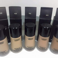 Fond de ten Mac Cosmetics MAC Mineralize SPF cu pompita Nr 15, 20, 25, 30, 35, 40 cantitate 30 ml