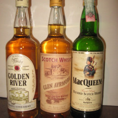 3 sticle whisky, cl 70 gr 40 ani 70